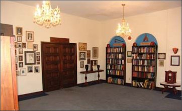 lodge 467 upstairs library
